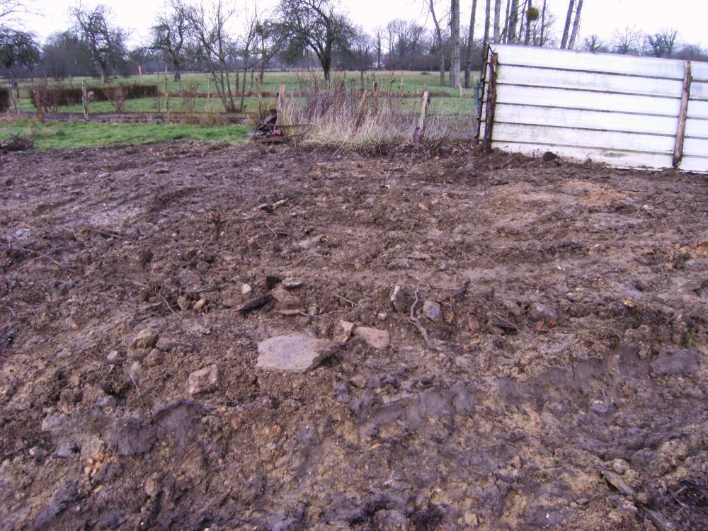 14 février 2011, le terrain chez le frère d'Hubert GAHERY a changé d'allure.
