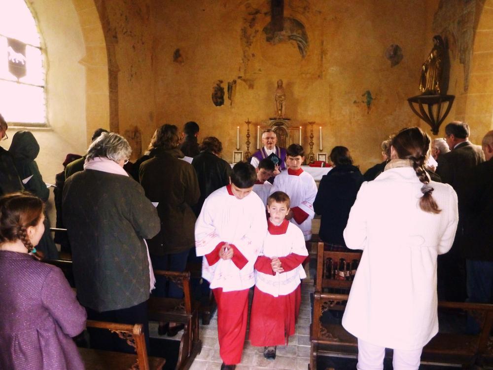 20 mars 2011, la fin de la messe à la Chaslerie.