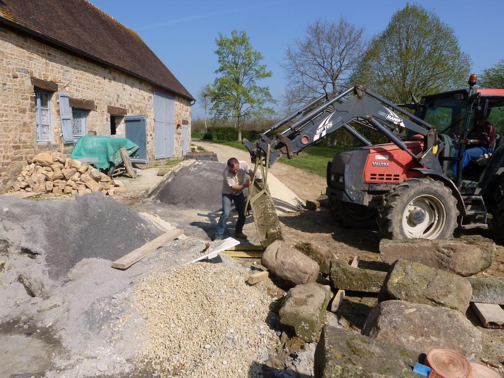 9 avril 2011, les granits en attente du kärcher.