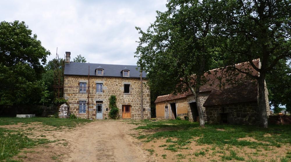 7 mai 2011, le logis de la demi-acre à Chênedouit.