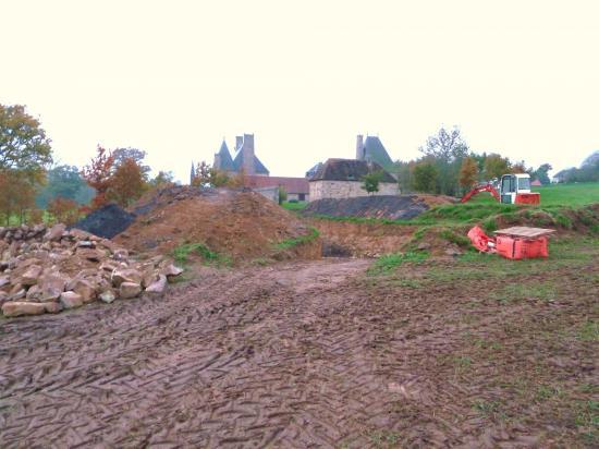 11 novembre 2011, une autre partie du lot de pierres récemment achetées à Lonlay.