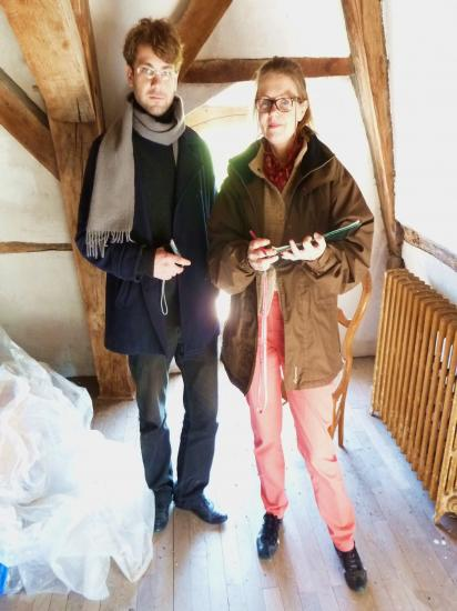 29 mars 2012, Lucyna et Paul GAUTIER sous les combles du colombier.