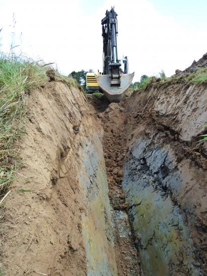28 juillet 2012, Philippe JARRY creuse le