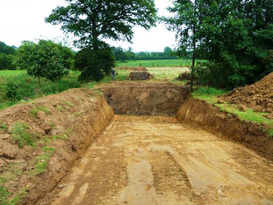 3 août 2012, Igor et Jonathan vont devoir couler le béton des fondations du