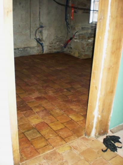 7 décembre 2011, le sol de la chambre mortuaire est désormais nickel.