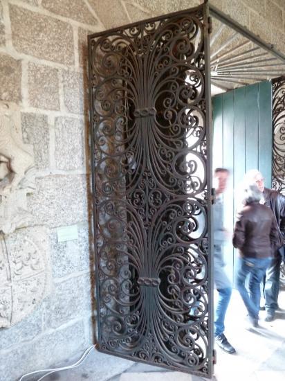 18 mai 2013, sas d'entrée dans un bâtiment religieux transformé en musée à Guimaraes.