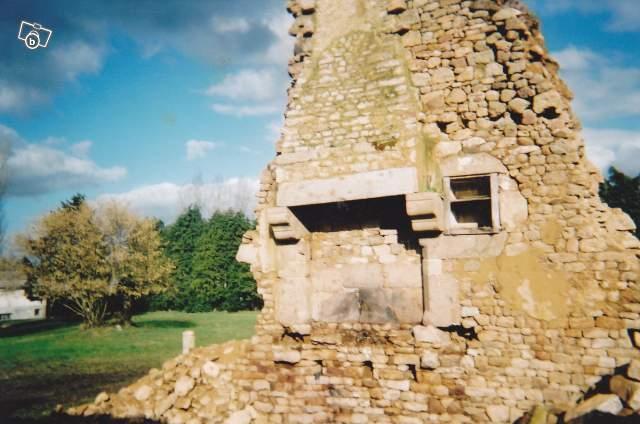 la cheminée achetée à Sainte-Opportune, près de Briouze.
