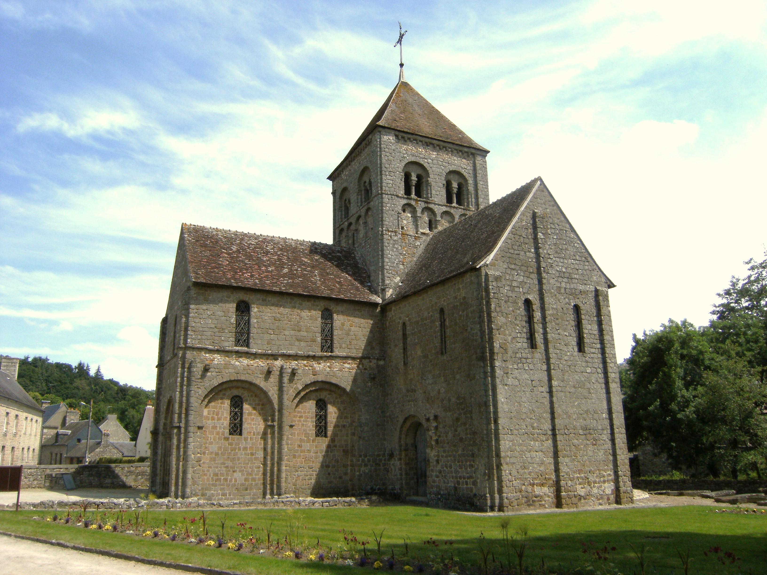 Notre-Dame-sur-l'Eau à Domfront