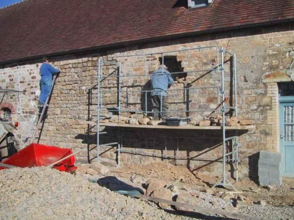 8 février 2008, le mur est réparé.