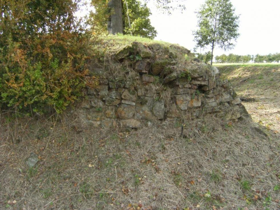 13 octobre 2009, le Nord du mur d'escarpe.