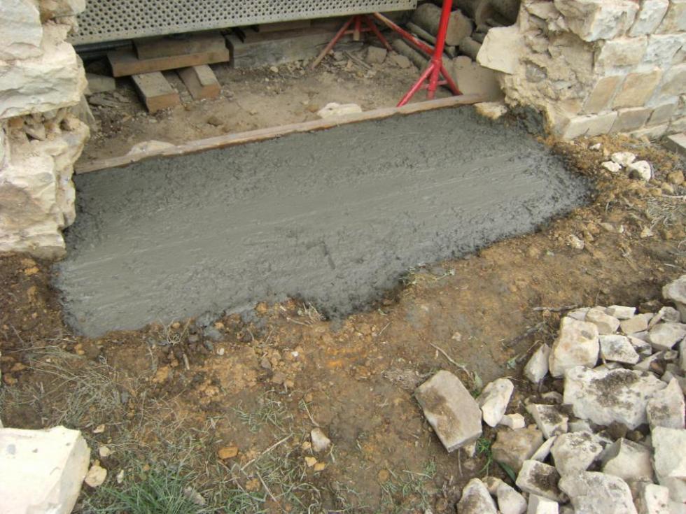 3 novembre 2010, prêt à recevoir la dalle de granite.