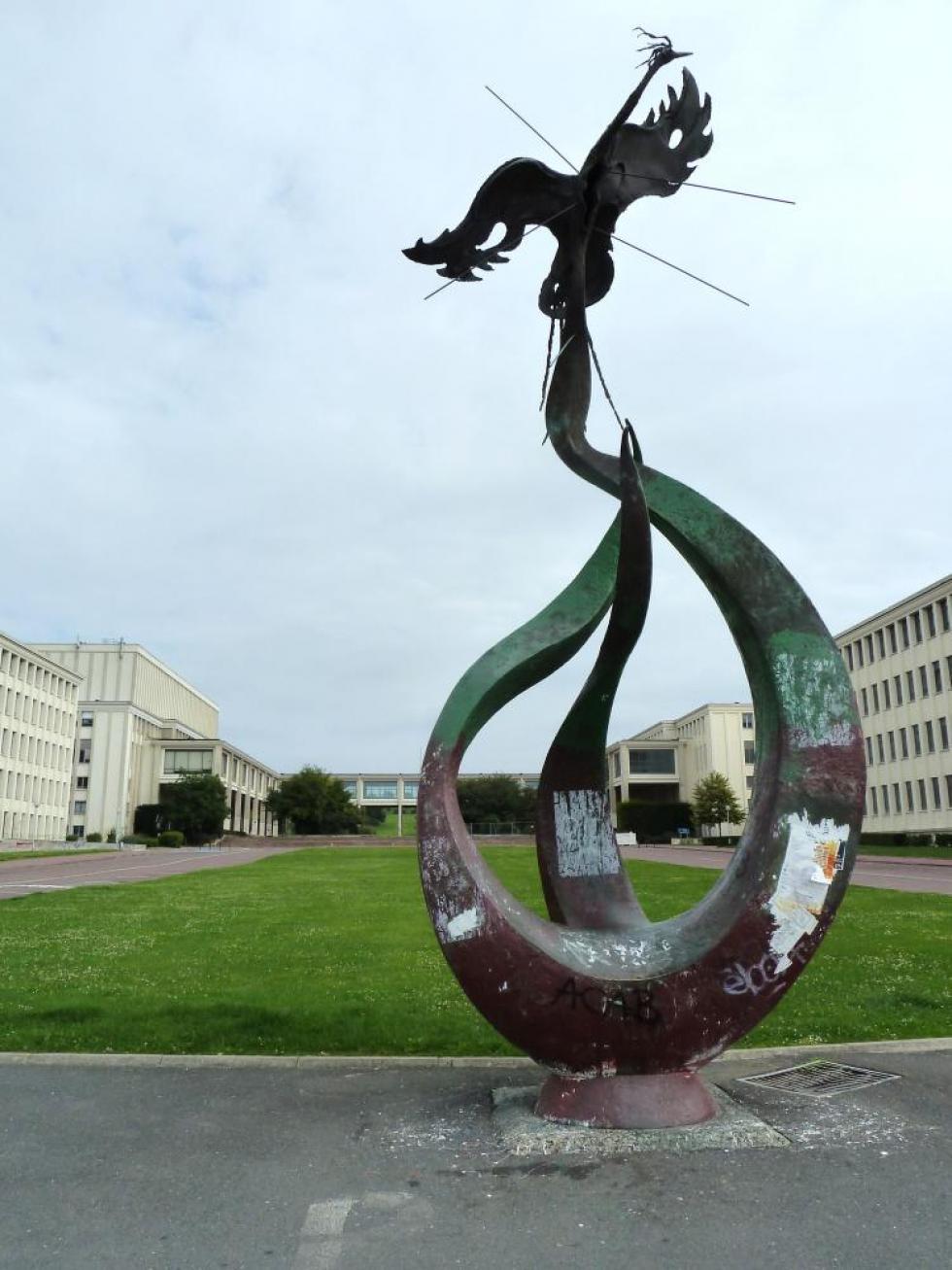 30 juillet 2011, le phénix de l'université de Caen.