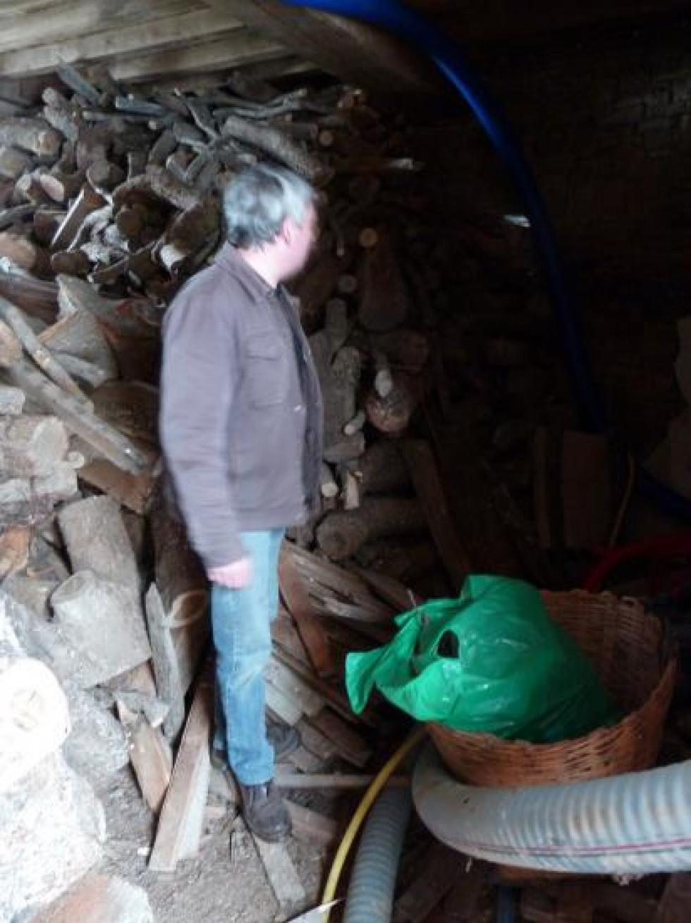 13 février 2012, M. DELTA dans la future chaufferie, au rez-de-chaussée de la tour Louis XIII.