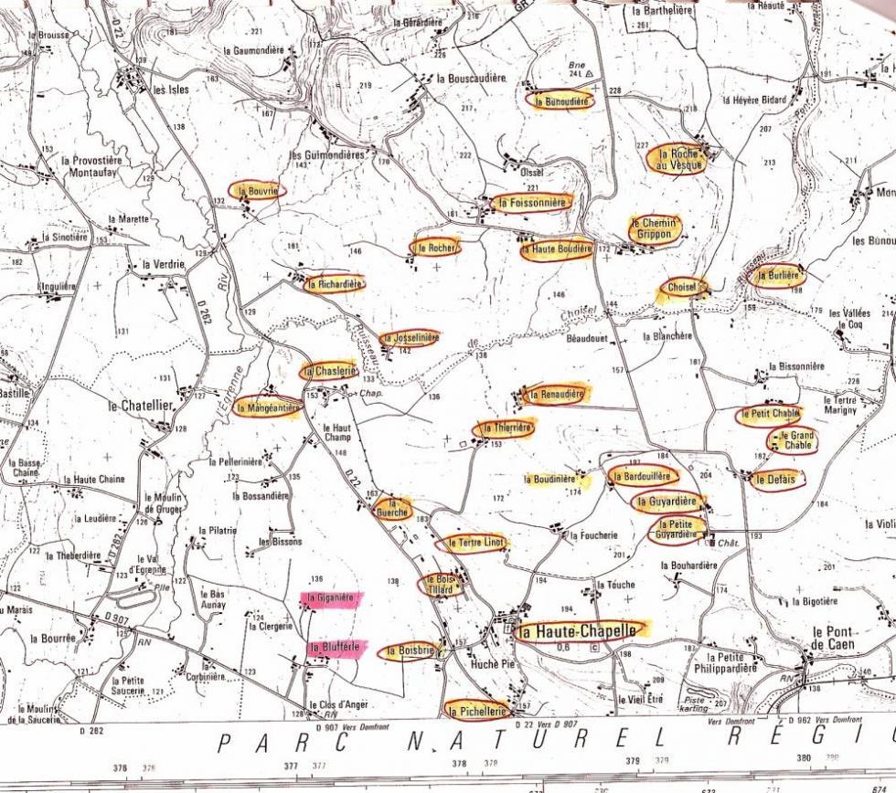 Les terres à La Haute Chapelle du dernier seigneur de la Chaslerie avant la Révolution.