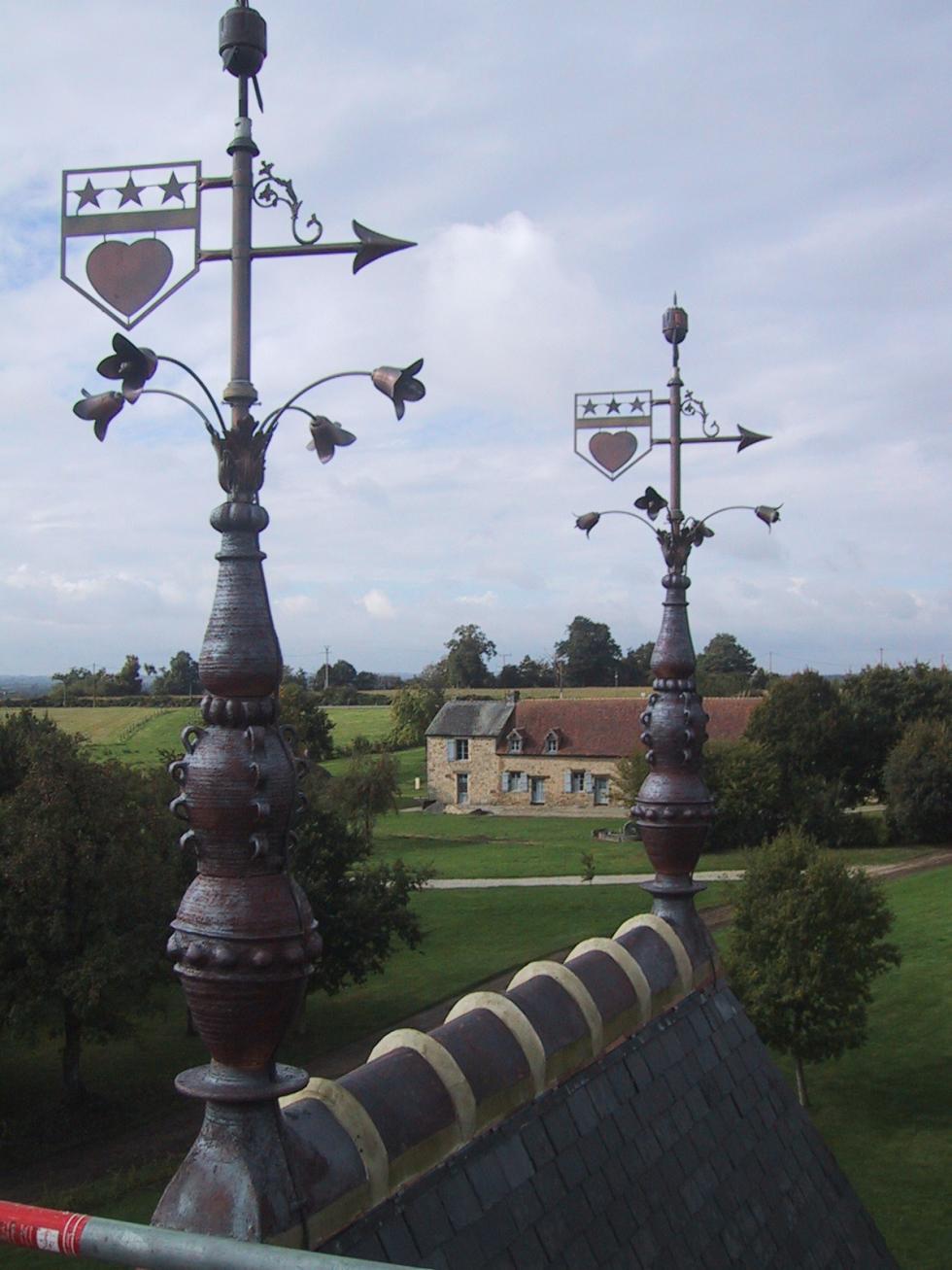Epis de faîtage du pavillon Louis XIII
