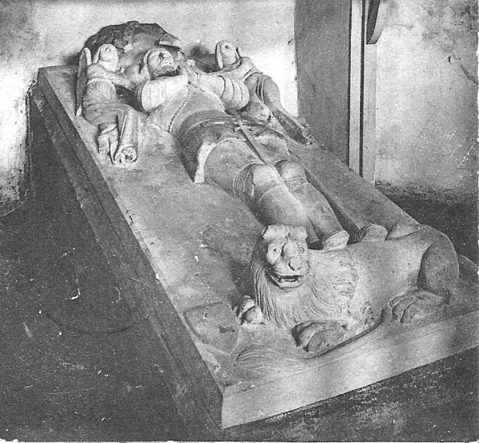 Recumbent statue of Pierre I Ledin