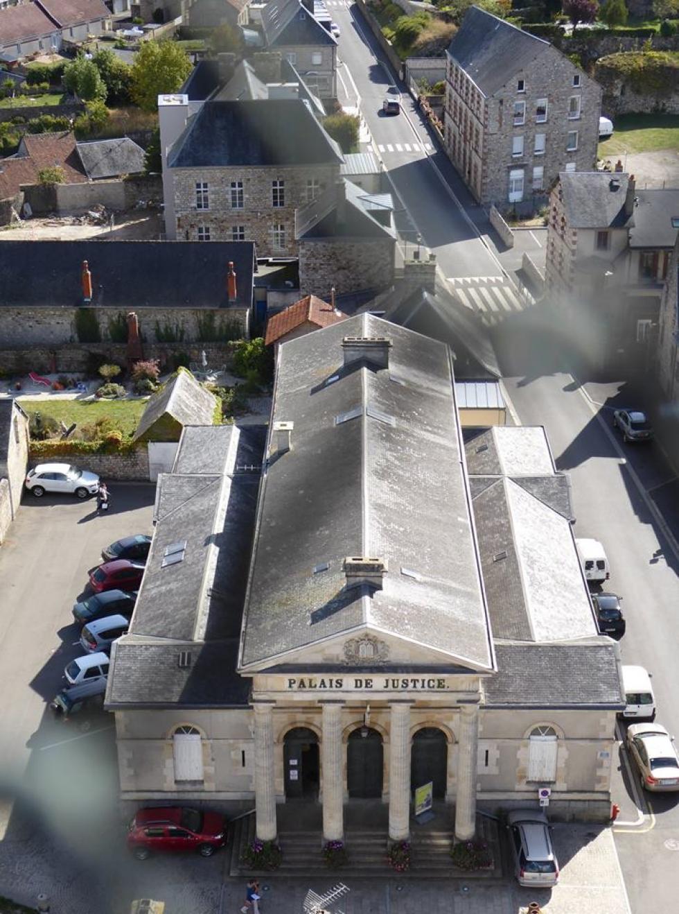 Vues à partir du clocher de Saint-Julien à Domfront.