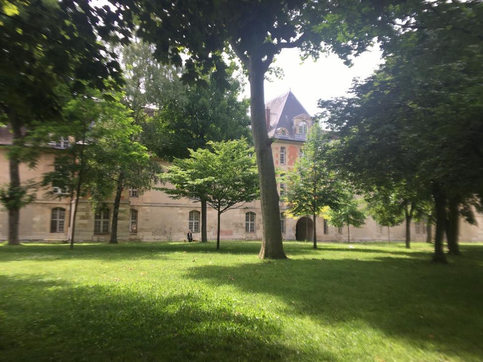 Hôpital Saint-Louis à Paris.