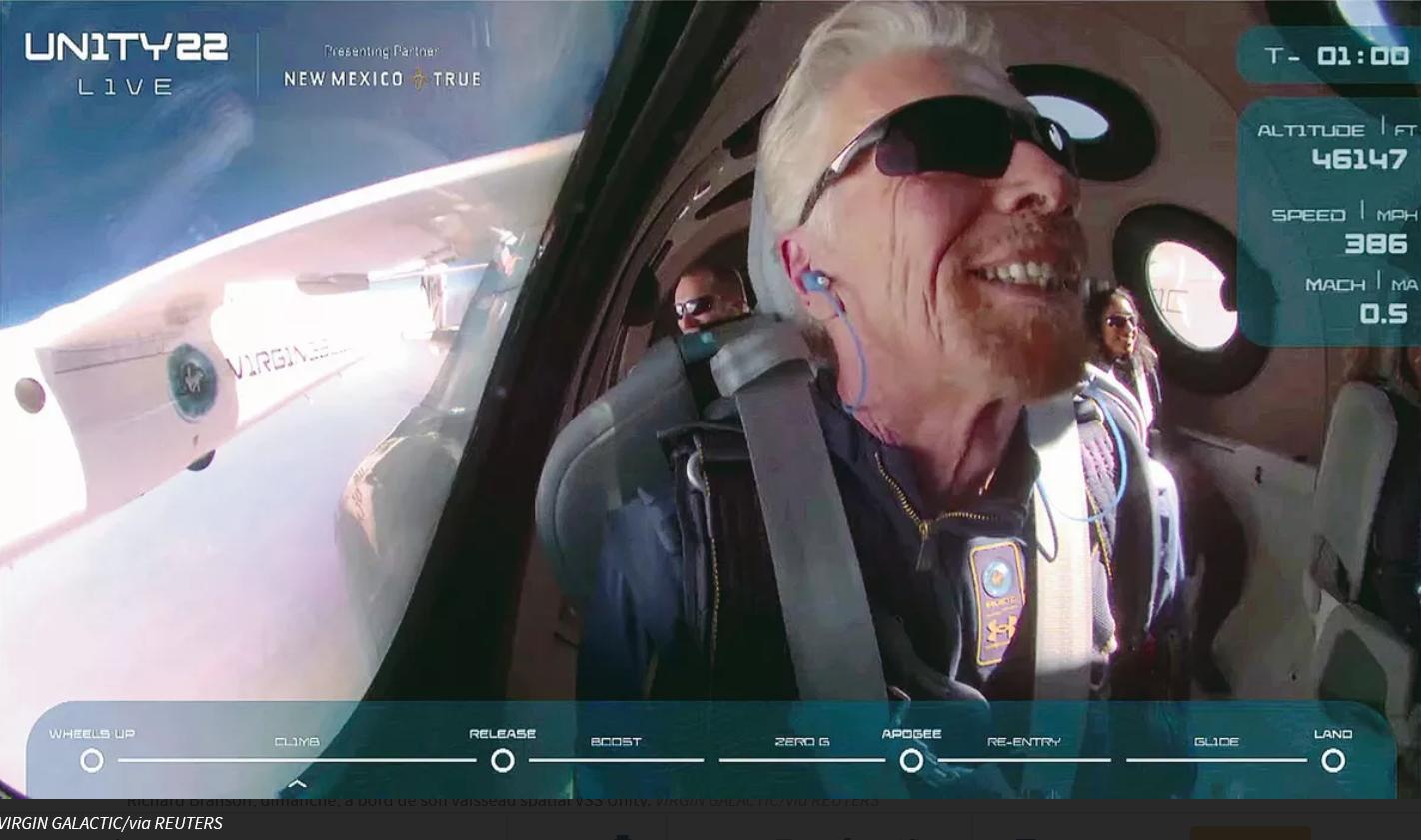 Richard Branson dimanche à bord de son vaisseau spatial VSS Unity. VIRGIN GALACTIC/via REUTERS