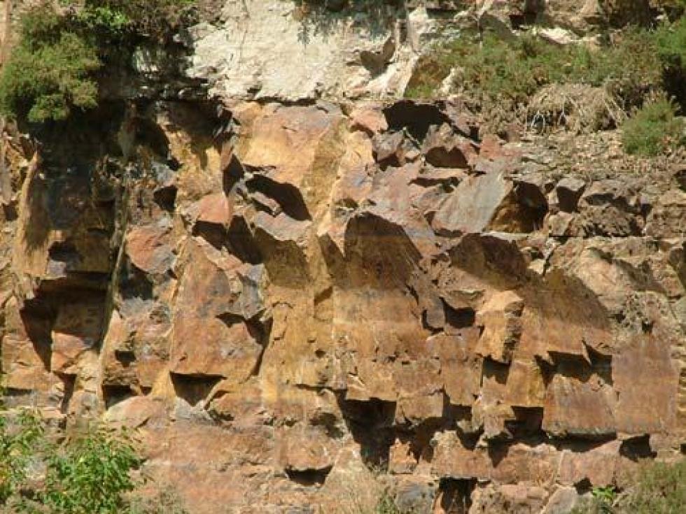 Carrière de granodiorite de Coutances (ou pierre de Cambernon).