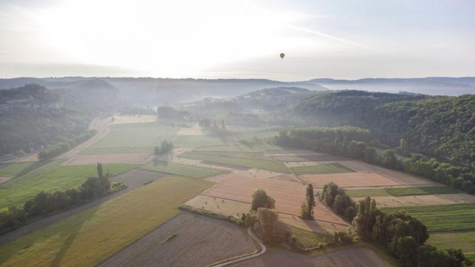 Vue de la vallée de la Dordogne. Crédits photo: Arnaud Robin / Le Figaro Magazine.