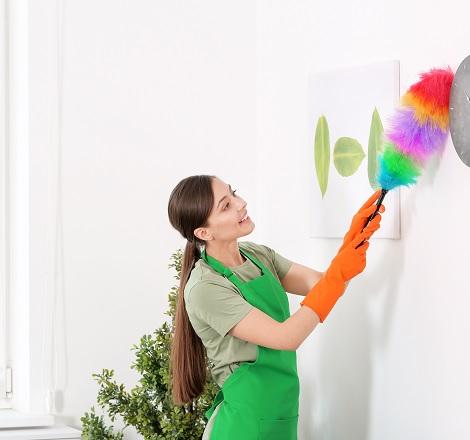 Les tâches de la femme de ménage : analyse et spécificités