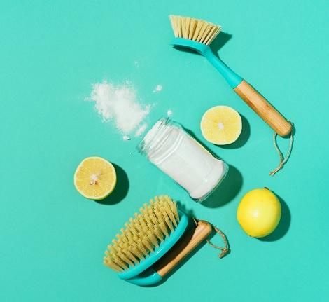Bicarbonate de soude : le produit idéal pour le nettoyage des sols