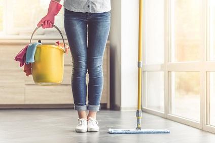Avoir une femme de ménage merci+