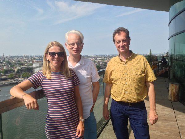 Susanne Van Nierop content director van Adformatie, Philippe Warzée ceo TheNewPub en Wim De Mont, content manager van PUB