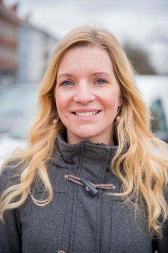 Sanne Devisscher (De Nieuwe Maan) : « Les analyses de marché montrent que 66,8 % des habitants de Malines lisent régulièrement le magazine De Nieuwe Maan. »