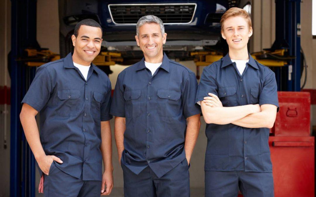 Comment choisir la tenue de travail de ses employés ?