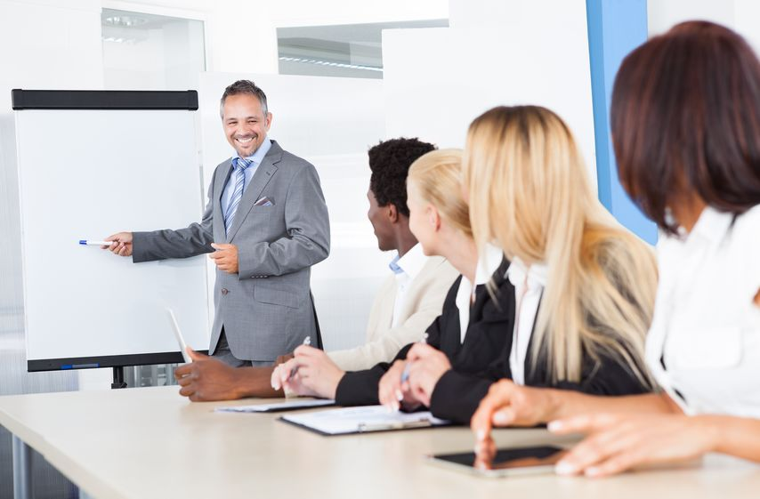 Par quel procédé peut-on faire vivre les valeurs d'une entreprise ?