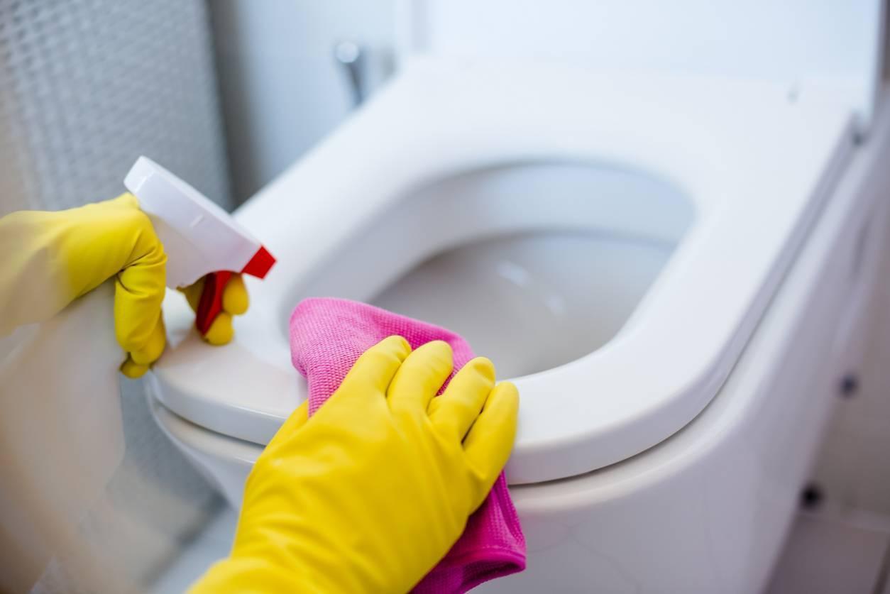 Nettoyage toilettes