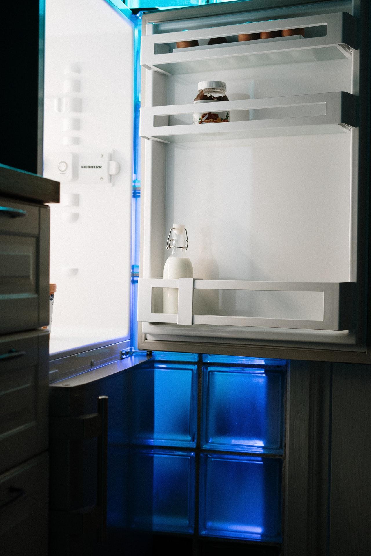 Nettoyer_le_réfrigérateur_:_Apprenez_à_nettoyer_votre_réfrigérateur_de_manière_naturelle_!
