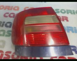 STOP FANALE POSTERIORE SINISTRO LATO GUIDA AUDI A4 Berlina 1° Serie Benzina  (1998) RICAMBI USATI
