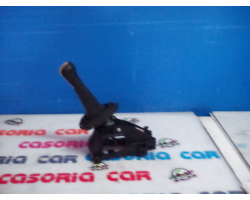 LEVA CAMBIO TOYOTA Yaris 3° Serie 1000 Benzina  (2006) RICAMBI USATI