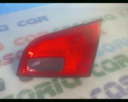 Stop Posteriore Destro Integrato nel Portello OPEL Astra J S.Wagon