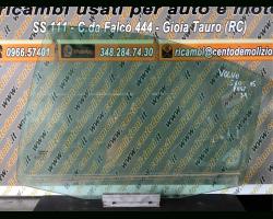 Vetro scendente posteriore Sinistro VOLVO S60 1° Serie