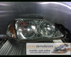 Faro anteriore Destro Passeggero TOYOTA Avensis Berlina 1° Serie