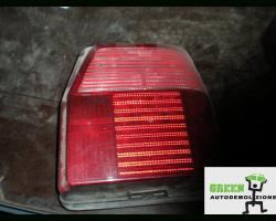NB0868000008000001008721DX STOP FANALE POSTERIORE DESTRO PASSEGGERO FIAT Uno 2° Serie Benzina  (1991) RICAMBI USATI
