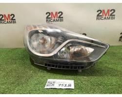 921021K000 FARO ANTERIORE DESTRO PASSEGGERO HYUNDAI iX20 Serie (10>18) 1396 diesel (2010) RICAMBI USATI