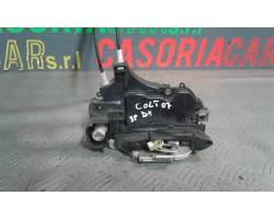 SERRATURA ANTERIORE DESTRA MITSUBISHI Colt Serie 3P Benzina  (2007) RICAMBI USATI