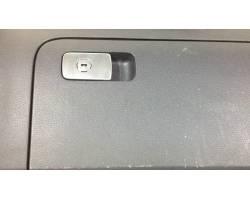 Cassetto porta oggetti VOLKSWAGEN Golf 5 Berlina