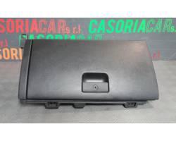 Cassetto porta oggetti KIA Sorento 3° Serie