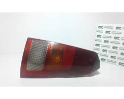 STOP FANALE POSTERIORE DESTRO PASSEGGERO FORD Focus S. Wagon 1° Serie Benzina  (2000) RICAMBI USATI