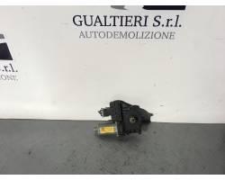 90579356 MOTORINO ALZAVETRO POSTERIORE DESTRA OPEL Zafira A 2000 Diesel Y20DTH  (2001) RICAMBI USATI