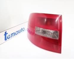 4B9945095 STOP FANALE POSTERIORE SINISTRO LATO GUIDA AUDI A6 Avant 2° Serie Diesel  RICAMBI USATI
