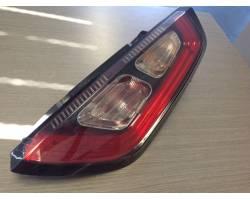 51888060 STOP FANALE POSTERIORE DESTRO PASSEGGERO FIAT Punto EVO Benzina  (2015) RICAMBI USATI
