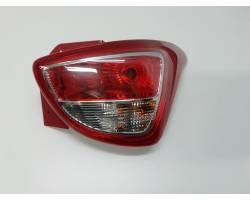 92402-B9000 STOP FANALE POSTERIORE DESTRO PASSEGGERO HYUNDAI i10 2° Serie Benzina  (2014) RICAMBI USATI