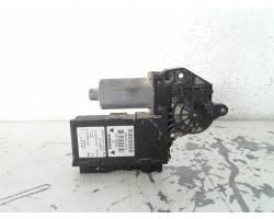 Motorino Alzavetro posteriore Sinistro AUDI A4 Avant (8E) 1 serie